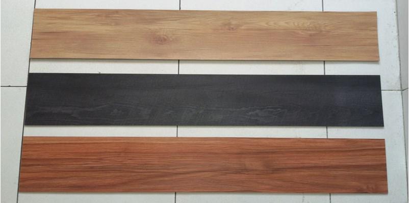Vinyl Plank Motif Kayu